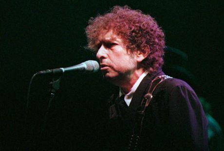 Bob Dylan tu choi giai Nobel? - Anh 1