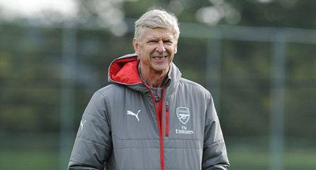 Wenger tu tin tuyen bo vo dich Premier League - Anh 1