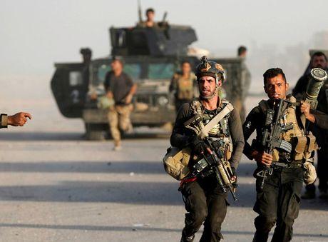 Quan doi Iraq chien thang IS o Kirkuk, tiep tuc tan cong vao Qaraqosh - Anh 1
