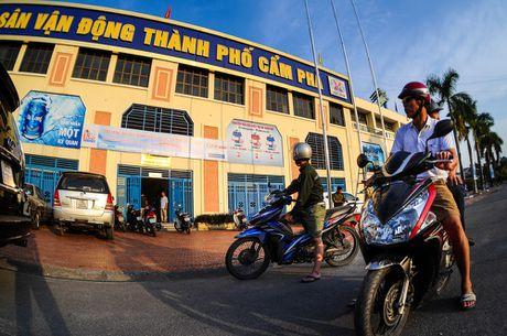 TP.Cam Pha nong truoc gio khai cuoc - Anh 4