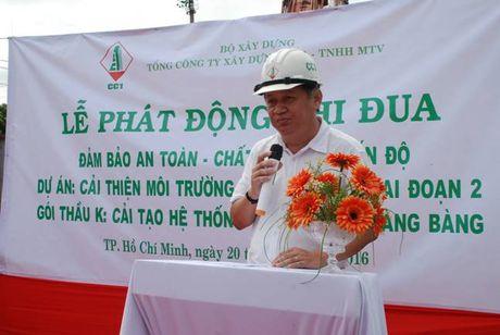 CC1 phat dong thi dua tren cong trinh kenh Hang Bang - Anh 3