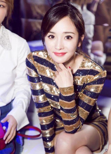 Cung dien dam sequin, Duong Mich khong kem canh 'my nhan Tan Cuong' Co Luc Na Trat - Anh 13