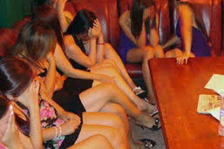 Pha duong day ban dam cua 3 co so xong hoi - Anh 1