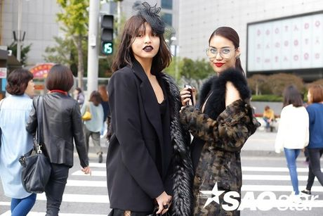 Lan Khue, Quynh Mai thu hut ong kinh nhiep anh voi street style all-black tai Seoul Fashion Week - Anh 6