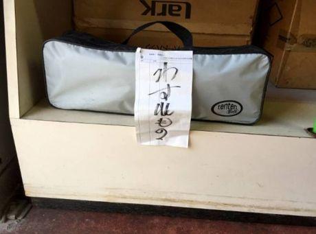 90 tuoi van chua dong cua hang vi cho khach den lay tui da quen - Anh 2