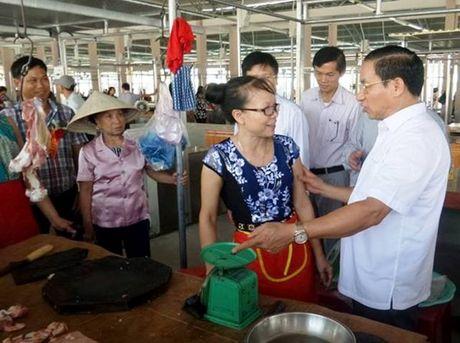 Ha Tinh: Dua gan 1000 ki ot tai Trung tam thuong mai Hong Linh vao hoat dong - Anh 1
