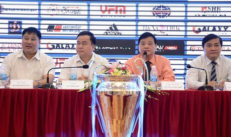 VCK U.21 Quoc gia :Cong hien bong da sach, dep - Anh 1