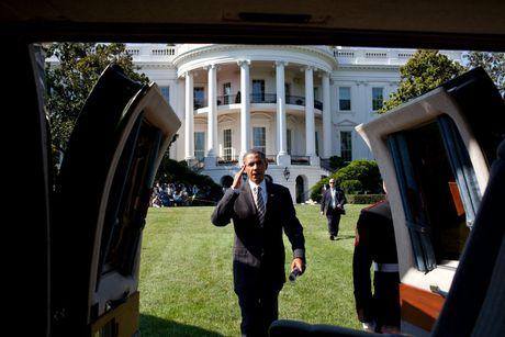 Nhung buc anh dep cua ong Obama khi lam tong thong - Anh 1