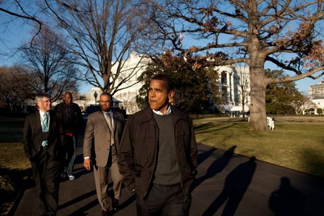 Nhung buc anh dep cua ong Obama khi lam tong thong - Anh 6