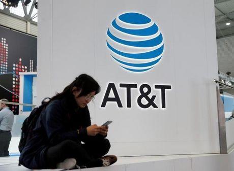 AT&T chi 85 ty USD thon tinh cong ty so huu CNN, HBO, Warner Bros - Anh 1