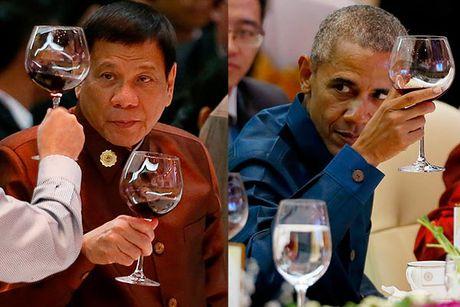 Obama bat luc truoc tuyen bo chia tay cua Duterte? - Anh 3