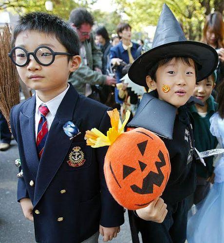 Chiem nguong trang phuc Halloween cua tre em trong the ky 20 - Anh 9