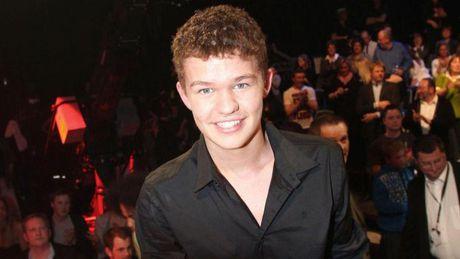 Martin cua SaveUs ke ve 8 nam 'mat tich' sau X-Factor - Anh 2