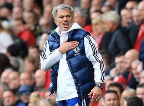Mourinho: 'Toi va Abramovich chua bao gio la ban' - Anh 1