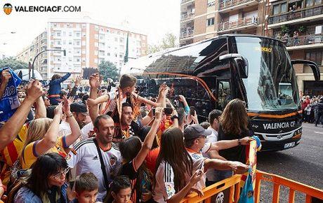 21h15 hom nay, TRUC TIEP: Valencia – Barcelona: Cap nhat doi hinh - Anh 1