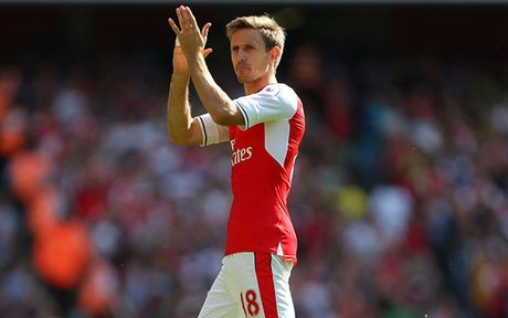 Doi hinh 'sieu tan cong' cua Arsenal truoc Middlesbrough - Anh 2