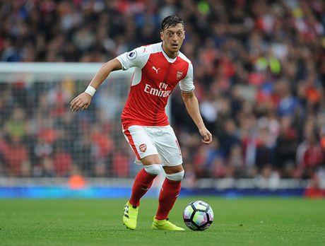 Doi hinh 'sieu tan cong' cua Arsenal truoc Middlesbrough - Anh 9