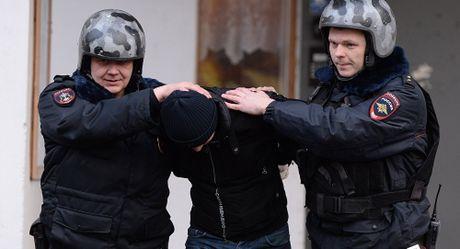Luc luong an ninh Nga ban chet hai doi tuong tinh nghi khung bo - Anh 1