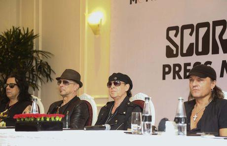 Huyen thoai Scorpions: 'Duoc gap fan Viet rat tuyet voi' - Anh 1