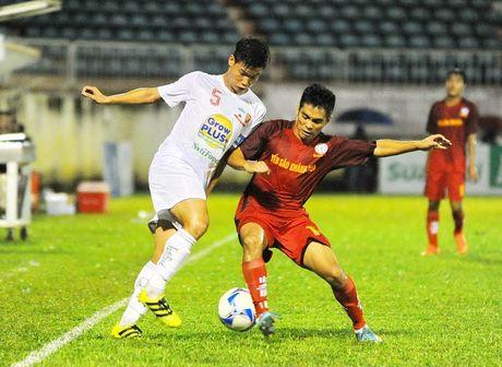 Khai mac VCK U21 Quoc gia 2016: HAGL cham tran chu nha Than Quang Ninh - Anh 1