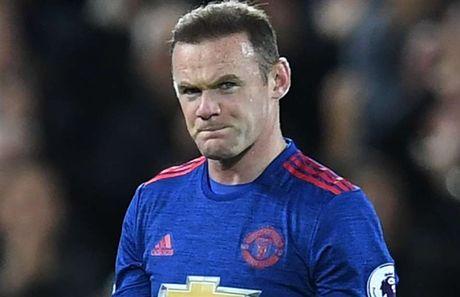 Rooney khong cung Man Utd len duong den London - Anh 1