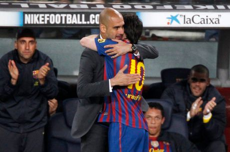 37 cu hat-trick cua Leo Messi cho Barca qua anh (Phan 2) - Anh 8