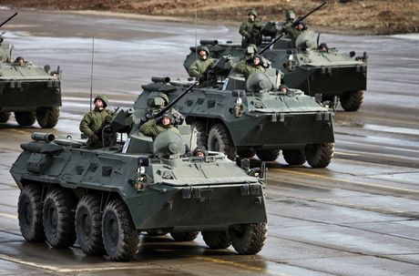 Tai sao Nga lap phao 57mm cho 'taxi chien truong' BTR-82A? - Anh 2