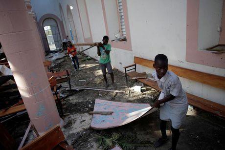 Xot xa tham canh o Haiti hai tuan sau sieu bao Matthew - Anh 10