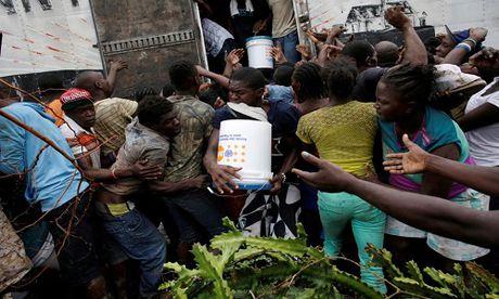 Xot xa tham canh o Haiti hai tuan sau sieu bao Matthew - Anh 1