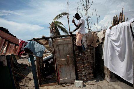 Xot xa tham canh o Haiti hai tuan sau sieu bao Matthew - Anh 2