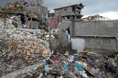 Xot xa tham canh o Haiti hai tuan sau sieu bao Matthew - Anh 5