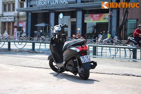 Yamaha Acruzo 'het cua' canh tranh Honda Lead tai VN - Anh 12