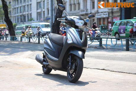 Yamaha Acruzo 'het cua' canh tranh Honda Lead tai VN - Anh 3