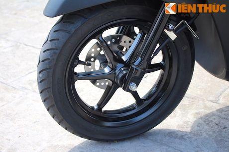 Yamaha Acruzo 'het cua' canh tranh Honda Lead tai VN - Anh 7