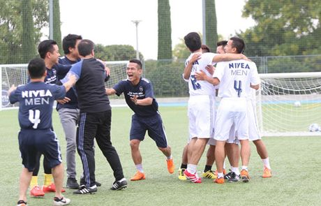 Trai nghiem thu vi cua cau thu 'phui' Viet Nam tai Real Madrid - Anh 8