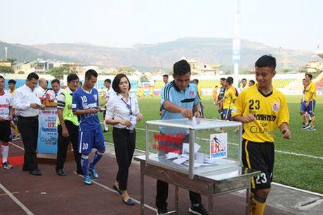 Khai mac vong chung ket U.21 Bao Thanh Nien: Ron vang Cam Pha - Anh 12