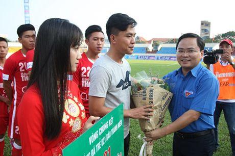 Khai mac vong chung ket U.21 Bao Thanh Nien: Ron vang Cam Pha - Anh 2