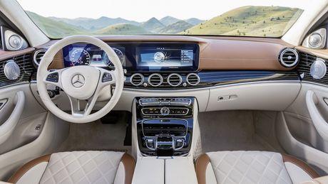 So sanh thiet ke va noi that Mercedes-Benz E-Class va BMW 5-Series 2017 - Anh 18