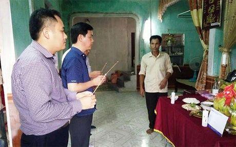 Ngan hang BIDV Quang Binh ho tro gan 1 ty dong cho nguoi dan vung lu - Anh 1
