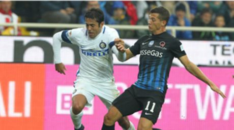 "Atalanta - Inter Milan: ""Sa lay"" o quoc noi - Anh 1"