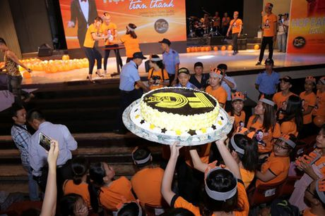 Tran Thanh bat khoc cam on va xin loi Hari Won vi da chon yeu minh - Anh 14