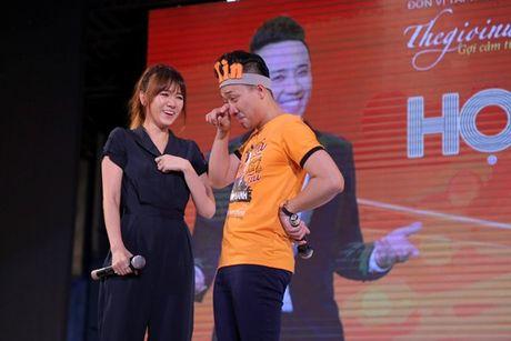 Tran Thanh bat khoc cam on va xin loi Hari Won vi da chon yeu minh - Anh 2