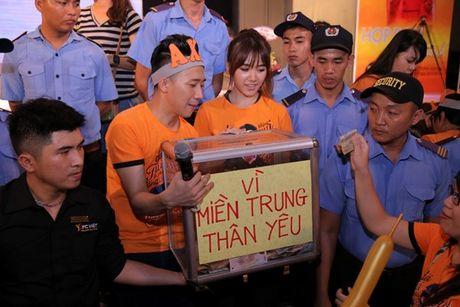 Tran Thanh bat khoc cam on va xin loi Hari Won vi da chon yeu minh - Anh 6