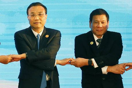 The gioi tuan qua: Cuoc chien khong tieng sung - Anh 5