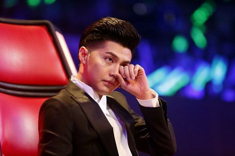 The Voice Kids: Bat ngo 'cau be dan ca' hat rock ben canh Phuong Thanh - Anh 8