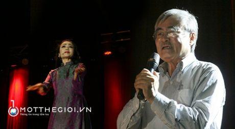 Cuoc tao ngo dac sac tho-nhac Nguyen Duy tren dat phuong Nam - Anh 1