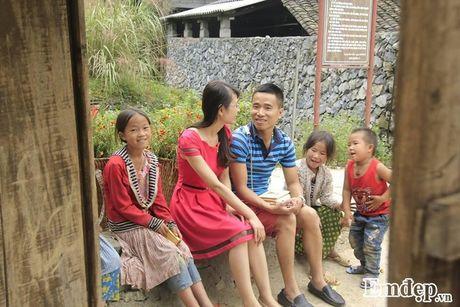 Chang 'phi cong' cau hon bang nhan kim cuong tren deo Ma Pi Leng - Anh 5