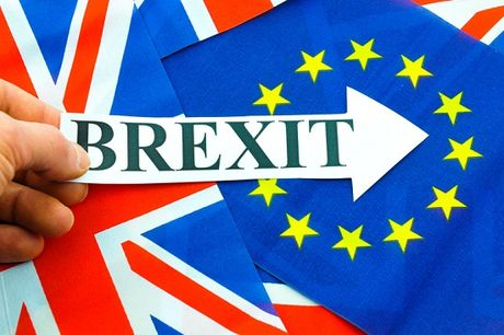 Hau Brexit, Anh co the se cat giam 10% thue doanh nghiep - Anh 1