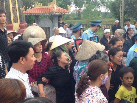 Ha Nam: Nghen ngao giay phut tien biet phi cong Dang Dinh Duy - Anh 12