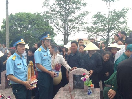Ha Nam: Nghen ngao giay phut tien biet phi cong Dang Dinh Duy - Anh 14